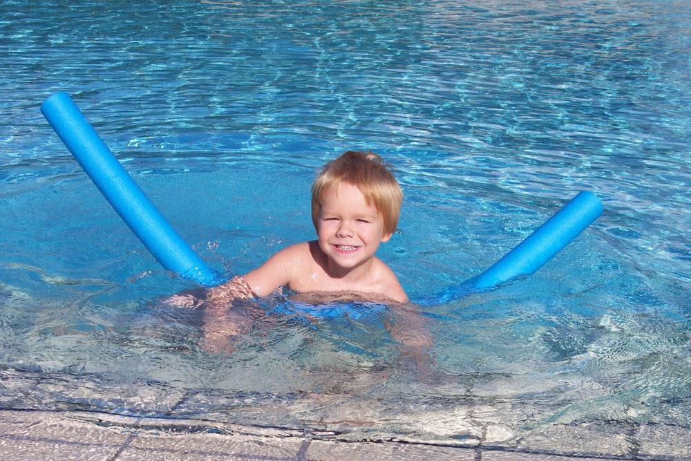 Dziecko basen