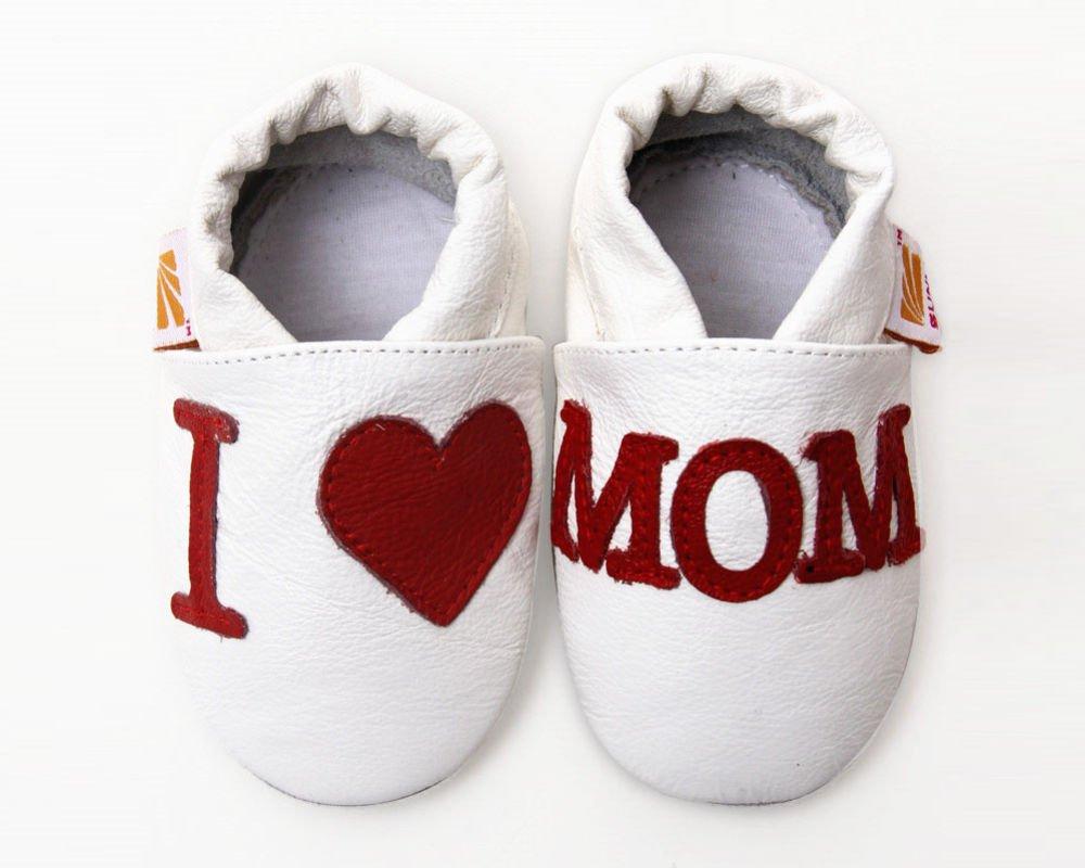Pierwsze buty niemowlaka - jak je wybrać?
