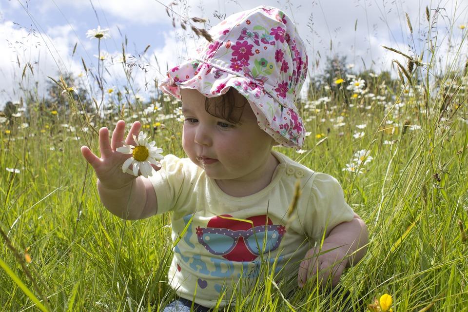 jak dbac o dziecko w upal