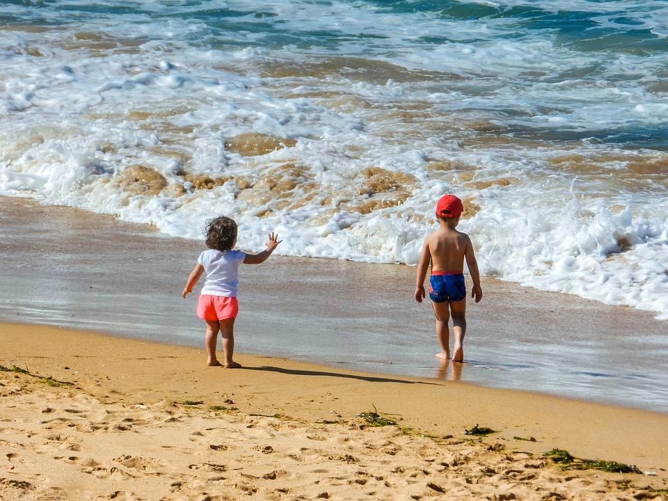 okulary dla dzieci na plażę